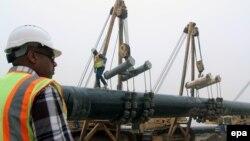 خط لوله گاز در نزدیکی مرز ایران و عراق