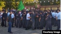 Власти пытаются пресечь протестное выступление в Нальчике