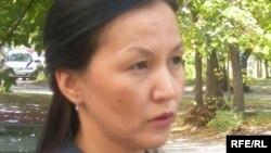 Жолдас Темірәлиевтің жұбайы Армангүл Қапашева. Алматы, 15 қыркүйек 2009 жыл.