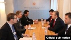 Премьер-министр Грузии в рамках Всемирного экономического форума в Давосе провел также встречу с представителем правления арабской компании Majid Al Futtaim