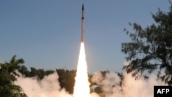 Үндістанның Agni-IV зымыраны. 19 қыркүйек 2012 жыл. (Көрнекі сурет)