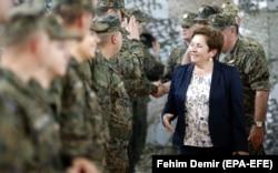 Bivša ministrica Marina Pendeš (na fotografiji) tražit će povećanje plaća svih u obrani i sigurnosti