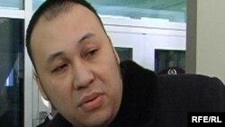 Болат Исатаев, назначенный со стороны КНБ адвокат. Астана, 19 января 2010 года.