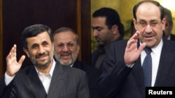 المالكي واحمدي نزاد .طهران 2010