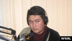 Урмат Акунов, сына активиста Бектемира Акунова.