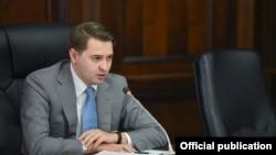 Артем Новиков. Архивдик сүрөт.