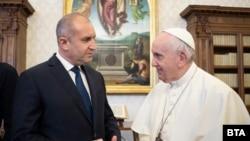 Президентът Румен Радев и папа Франциск