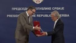 Orden od Srbije osporavanom nobelovcu Handkeu