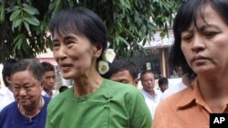 Лидерот на опозицијата во Мјанмар Аунг Сан Су Чи