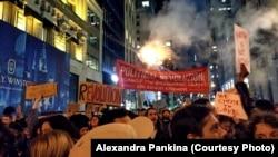 Демонстрация против Дональда Трампа в Нью-Йорке.