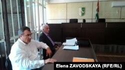 Выслушав представителей сторон, суд принял решение в удовлетворении иска Астамуру Отырба отказать