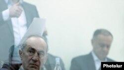 Ռոբերտ Քոչարյանը դատարանի դահլիճում։
