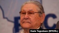 Серикболсын Абдильдин, в прошлом руководитель Коммунистической партии Казахстана. Алматы, январь 2011 года.