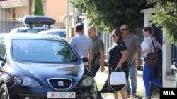 Приведување на специјалната обвинителка Катица Јанева од нејзината куќа во скопската населба Козле. 21 август, 2019.