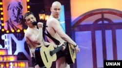 Актеры «Студии Квартал-95» Владимир Зеленский (справа) и Евгений Кошевой