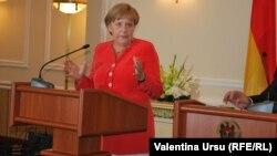 Angela Merkel la Chişinău, 22 august 2012.
