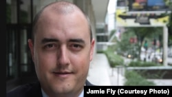 Джейми Флай.