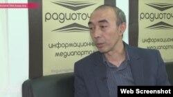 Radiotochka.kz сайтының бас редакторы Бекжан Ыдырысов.
