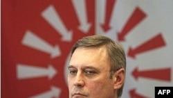 Кремль отверг Касьянова с самого начала, хотя он не относился к радикалам