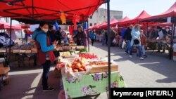 Сельхозярмарка в Симферополе, архивное фото