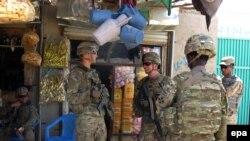 Pjesëtarë të ushtrisë amerikane në qytetin Kandahar në Afganistan