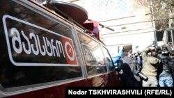 Широкую известность «Маэстро» приобрел в 2008 году, когда телекомпания зарекомендовала себя в качестве одного из крупнейших оппозиционных ресурсов страны