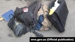 Речі та зброя, вилучені в сепаратистів Харкова