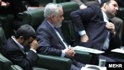 برخی از نمایندگان مجلس نهم ایران طی دو سال گذشته بارها در مورد مصوبات و آییننامههای دولت از قوه مجریه انتقاد کردهاند
