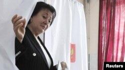 Известно, что в поддержку Джиоевой уже выступил Владимир Келехсаев - кандидат от оппозиции, который не прошел во второй тур