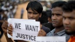 دستنوشته یک آواره روهینگیایی در بنگلادش که خواستار اجرای «اجرای عدالت» شده است.