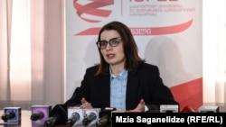 По словам Элене Нижарадзе, наблюдатели прислали верные данные, ошибка закралась при их суммировании