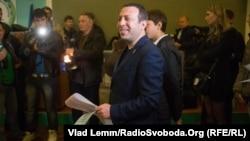 андидат у мери Києва від партії «УКРОП» Геннадій Корбан під час голосування у Дніпропетровську, 25 жовтня 2015 року