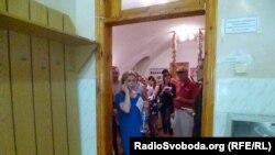 Кияни здають кров пораненим під час АТО військовим