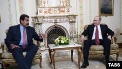 Presidenti i Rusisë, Vladimir Putin dhe presidenti i Venezuelës, Nicolas Maduro