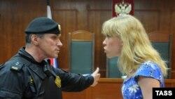 Мария Баронова на заседании - еще в Мосгорсуде