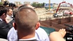 """Започна изградбата на висококатниците на """"Џеваир холдинг"""" во општина Аеродром."""