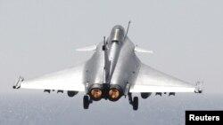 Французский военный самолет