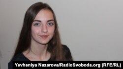 Мешканка Токмака Каріна безкоштовно вивчає англійську за програмою «Access» з січня 2016-го року
