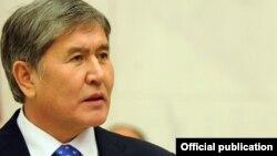 Президент Кыргызстана Алмазбек Атамбаев. Анкара, 13 января 2012 года.