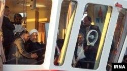 حسن روحانی برای بازدید از طرحهایی به چابهار در استان سیستان و بلوچستان رفته بود