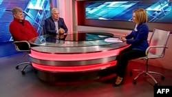 """Отец Эдварда Сноудена - Лон дает интервью телеканалу """"Вести-24"""" в присутствии адвоката Антолия Кучерены"""