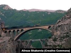 The Veresk Bridge on the Trans-Iranian Railway.