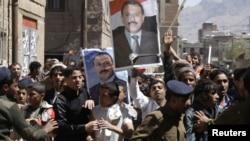 Судирите меѓу демонстрантите во Јемен