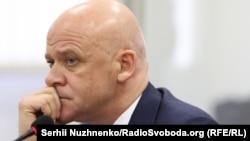 За даними НАБУ, мерові Одеси Геннадію Труханову 11 березня повідомили про підозру у внесенні недостовірної інформації до електронних декларацій за 2015 і 2016 роки