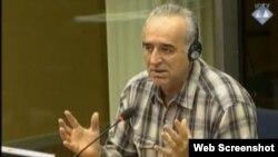 Momir Nikolić kao svjedok na suđenju Ratku Mladiću, juni 2013.