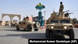 Personeli i sigurisë së Afganistanit në provinn Ghazni.