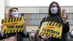 Protesters In Sarajevo Demand Government Resignations Over Handling Of Pandemic