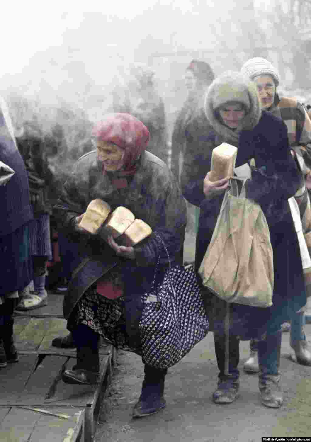Elderly women in Grozny during the second Chechen war in 1999.
