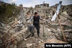 Mii de case au fost distruse. Ruinele orașului Stepanakert, 10 octombrie 2020.