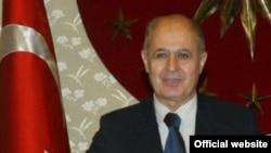 احمد نجدت سزر طرح مجلس ترکیه برای انتخاب رییس جمهوری با رای مستقیم مردم را رد کرد
